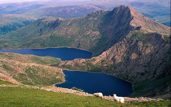 Home - Wales Walking Holidays