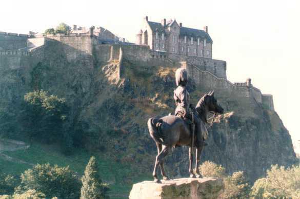 castle-walls-edinburgh
